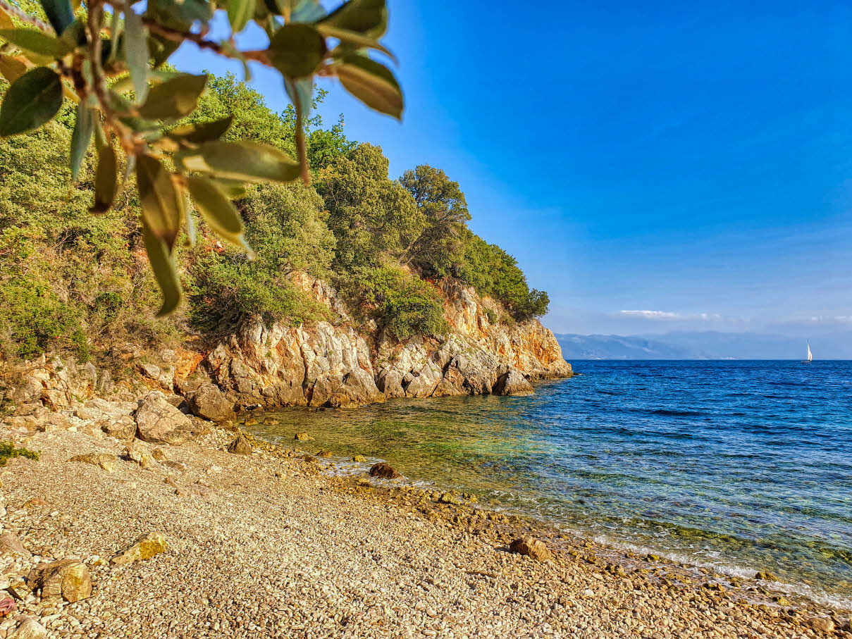 Secluded beach about 1 hour hiking from Novi Vinodolski in the direction of Selce