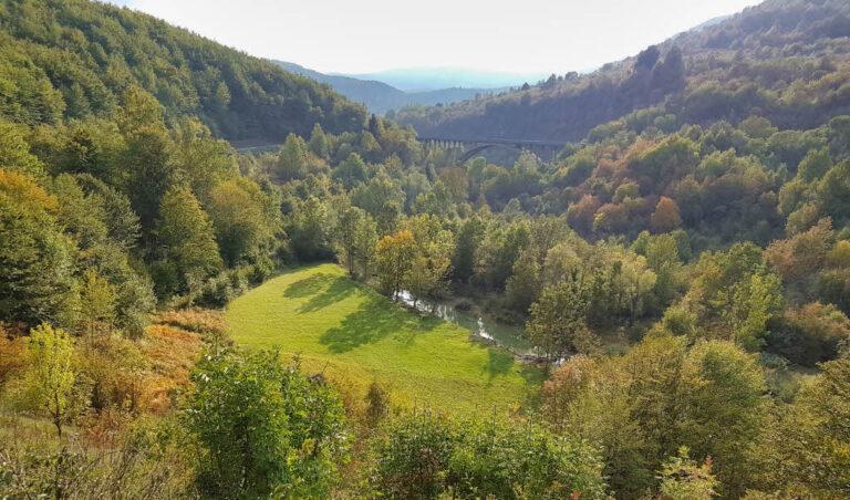 Bridge, nature and the Korana River
