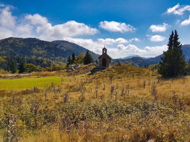 Chapel Kapelica Sv. Antuna in Northern Velebit National Park