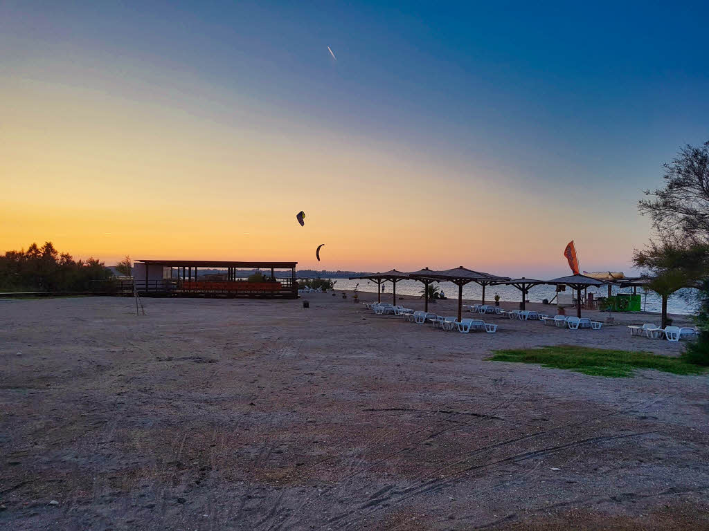 Sunset at Queen's Beach / Kraljičina plaža in Nin