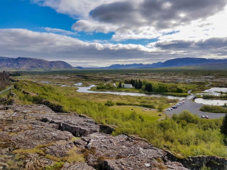 Þingvellir National Park viewpoint on Þingvallavatn